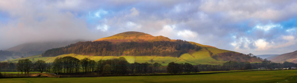 A beautiful view of Mellor Knoll, a recognisable hill in the local landscape